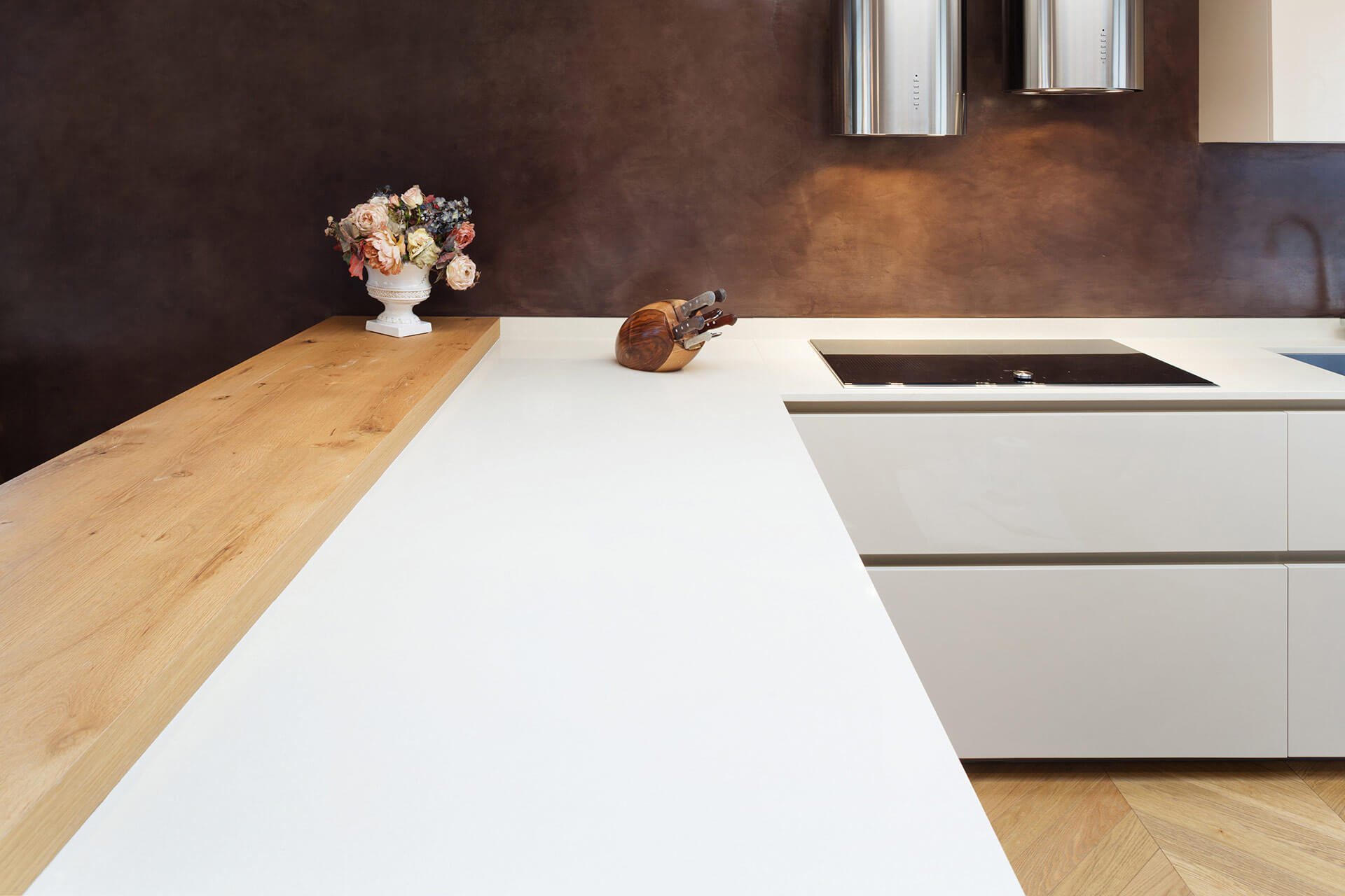 Built-in Kitchen Cupboard & Store Units